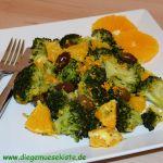 Brokkoli-Orangen-Salat