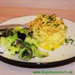 Buchenpilze mit Curry-Sauce und Salat