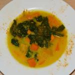 Karibische Spinat-Süßkartoffel-Suppe