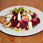 Rote Bete-Salat mit Feta und Walnüssen
