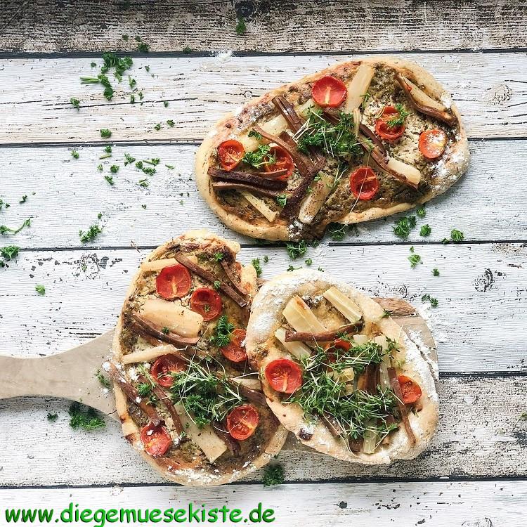 Herzhafte Schwarzwurzel-Pizza