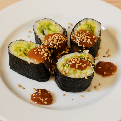 Sushi – Gerollte Reishäppchen