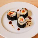 Sushi mit Paprika und Frischkäse