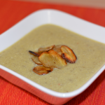 Topinambursuppe mit Chips